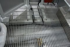 Open grate flooring in the platform gives you sure footing, even in winter time during freezing conditions.
